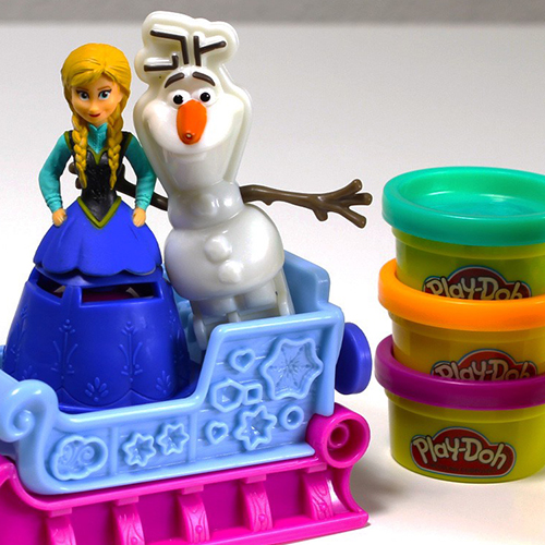 La reine des neiges en pate a modeler